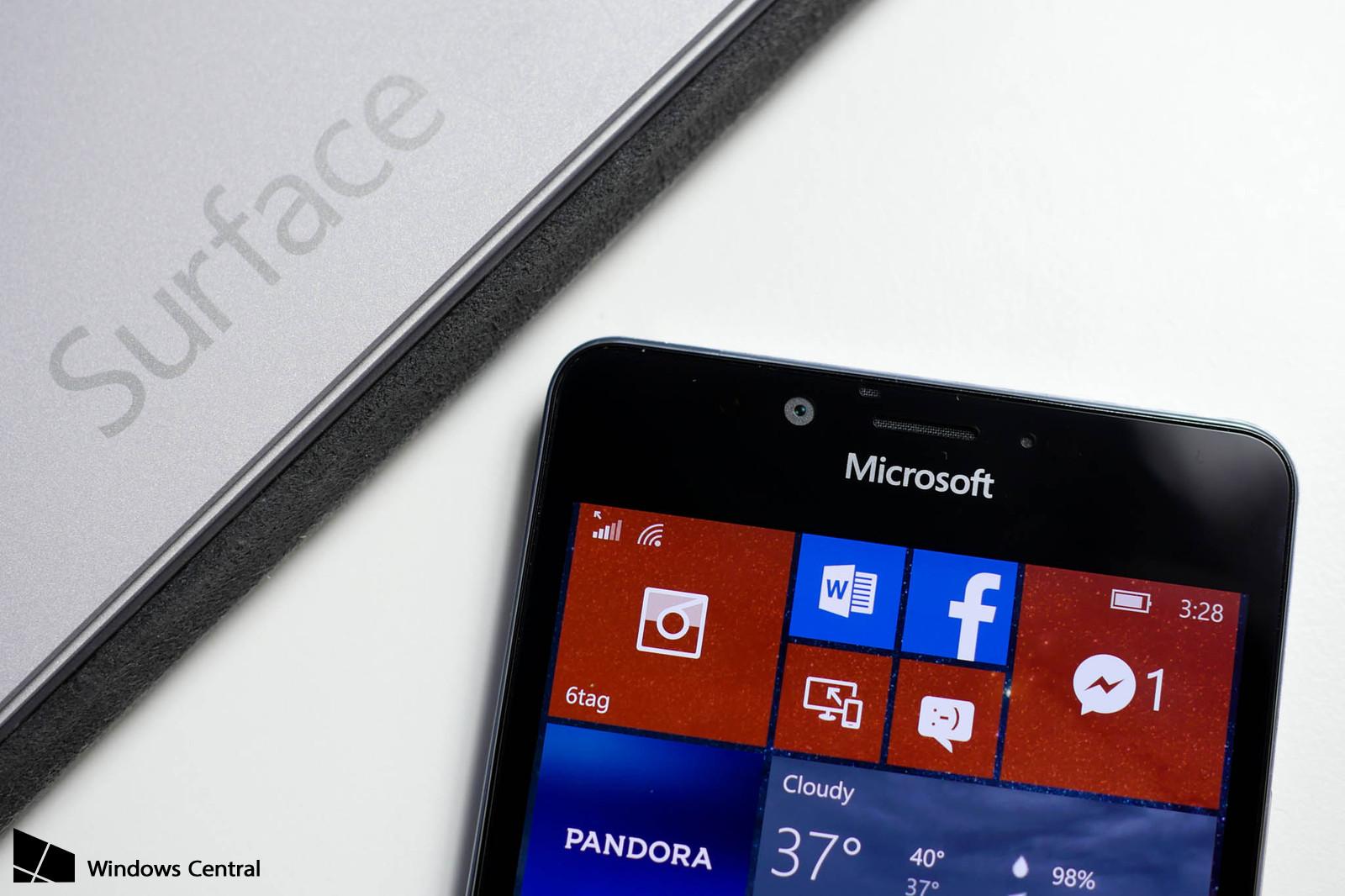 Microsoft готовит три версии Surface Phone к выпуску в ...