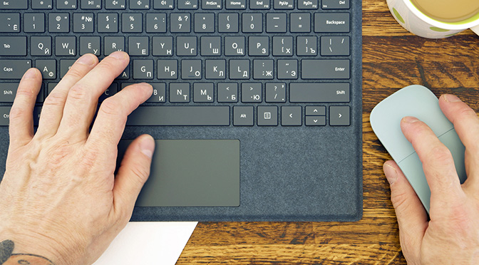 Русская раскладка клавиатуры Surface Pro Signature Type Cover Alcantara