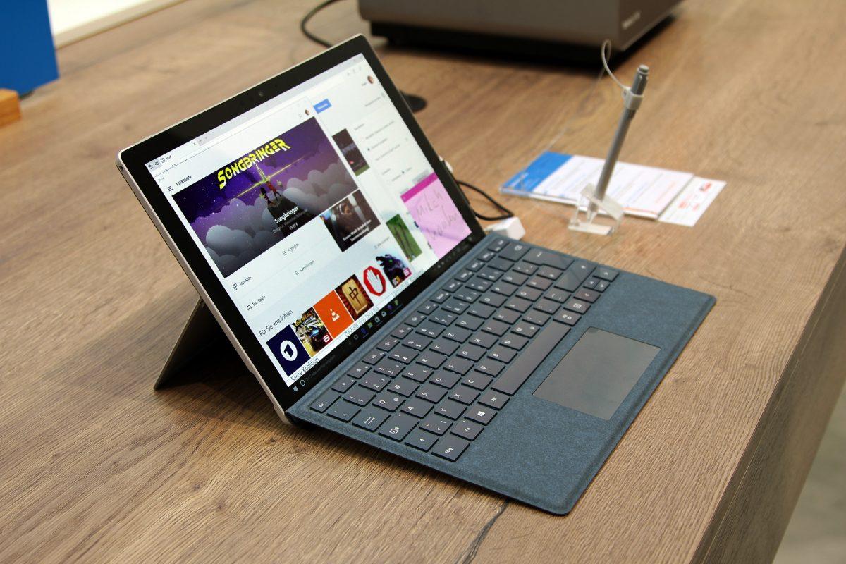 Microsoft получил сертификат FCC на бюджетную версию Surface